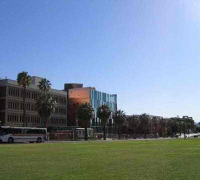 گروه معماری ریچارد و بائر - بنای بسط علوم - مینیل - توسکان