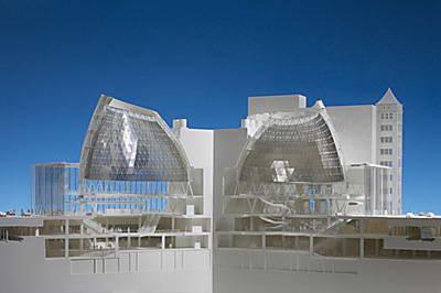 معماران نامرئی - جیمز کارپنتر - نیکلاس گریم شاو - نور داخل تونل