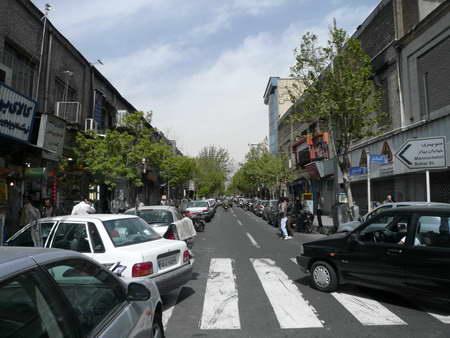 معماری قدیم و جدید تهران -  نمای جداره خیابان لاله زار
